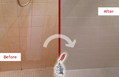 Before and After Picture of a Wendell Porcelaine Shower Cleaned to Remove Soap Scum